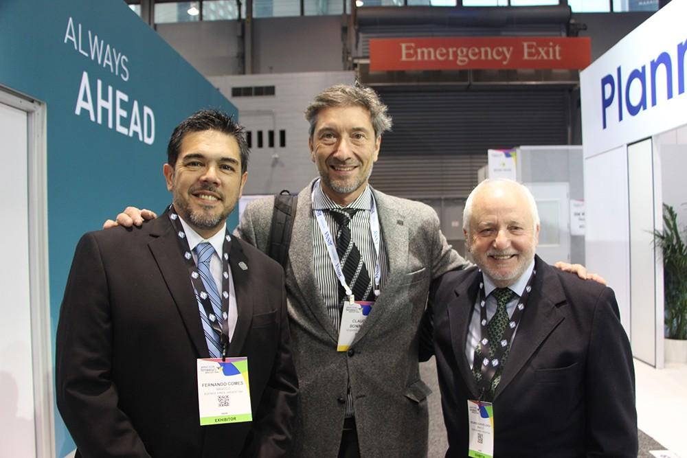 Fernando Comes, Dr. Claudio Bonini y Ricardo Guenzelovich
