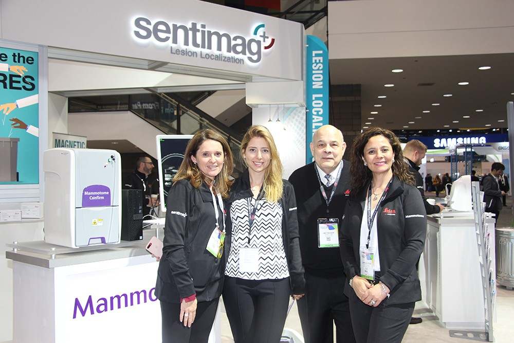 Maria Elena Orsina, Jim Fincher y Lorena Cruz de Mammotome
