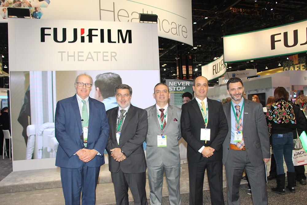 Juan Manuel Palacios, Fernando Lopez, Francisco Larrea y Lucas Dorelle de Fujifilm