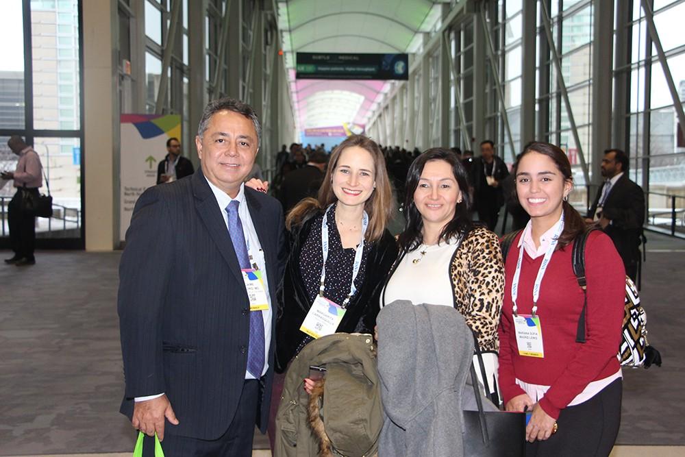 Dr. Jaime Madrid, Margarita Carrasquilla, Paula Grisales y Dra. Mariana Sofia Madrid Lewis
