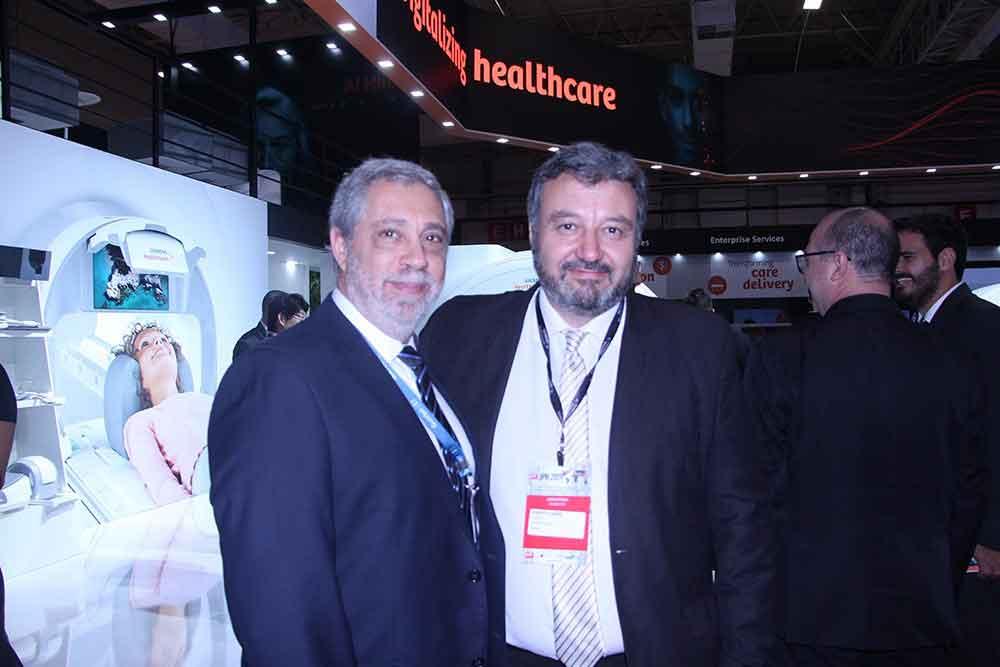 Dr. Daniel Mysler, presidente de la SAR y Marcelo Luraschi de Siemens Healthineers