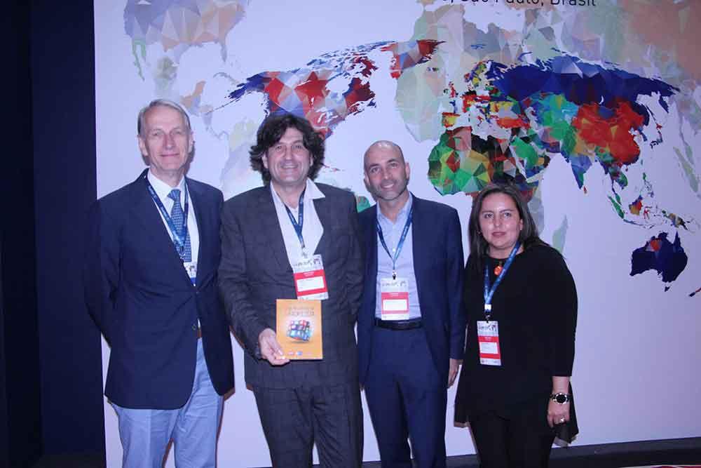 Dr. Jean Francois Meder, Clement Cabanes, Roberto Godoy y Angeles Amaya de Guerbet