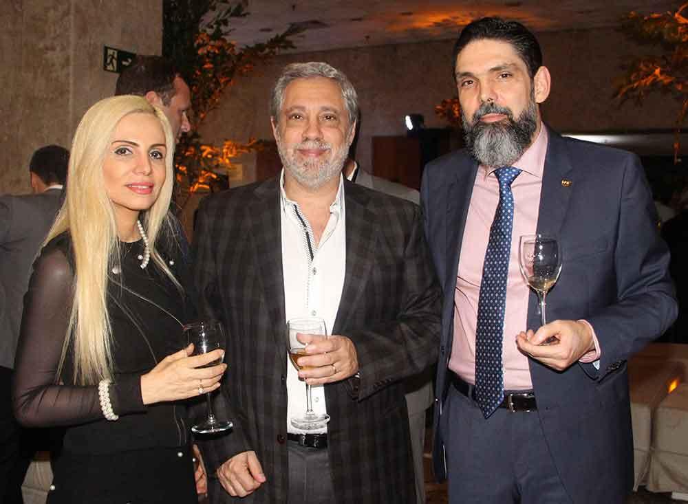 Dra. Patricia Carrascosa, Dr. Daniel Mysler y Dr. Antonio Rocha