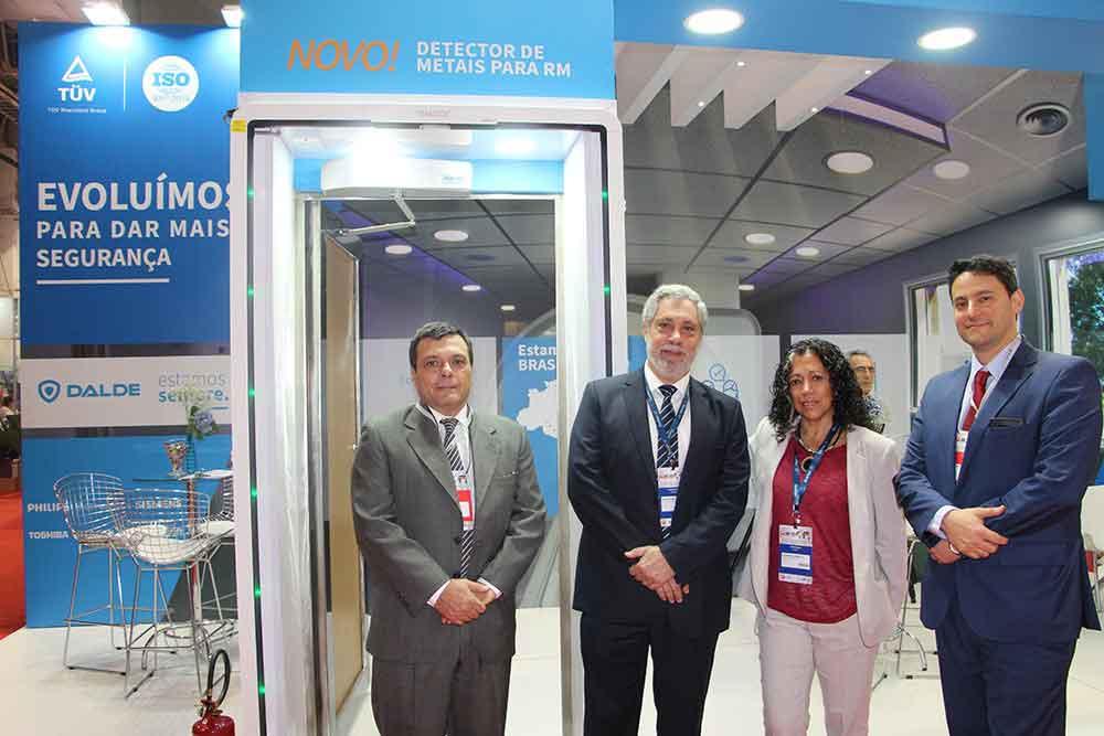 Gustavo Molina, Dr. Daniel Mysler y Alejandra Capdevilla y Dalmacio Justo de DALDE