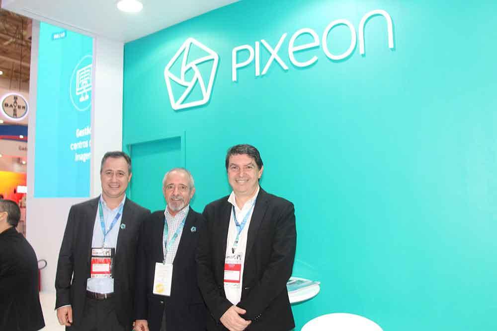 Iomani Engelmann, Juan Jose Carballo y CEO de Pixeon