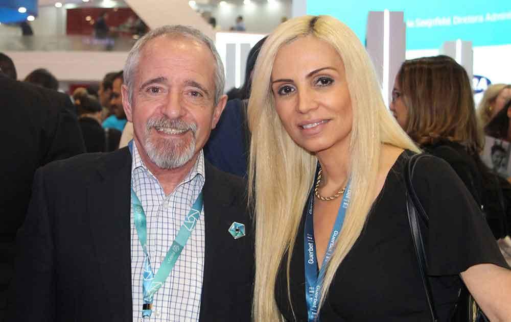 Juan José Carballo de Netmed Solutions y Dra. Patricia Carrascosa