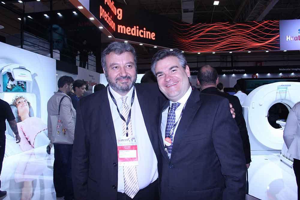 Marcelo Luraschi de Siemens Healthineers y Francisco Velez Uribe de Colombia