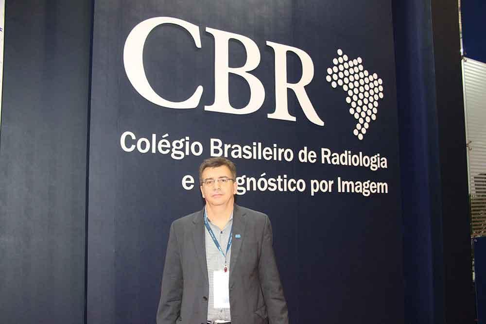 Prof. Valdair Muglia del CBR