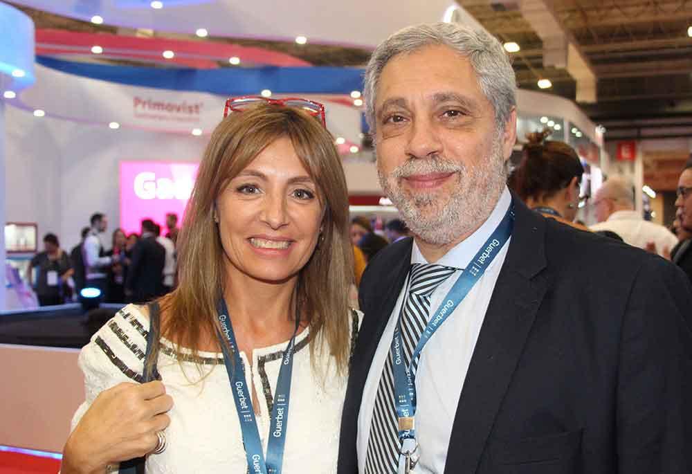 Dr. Daniel Mysler y colega