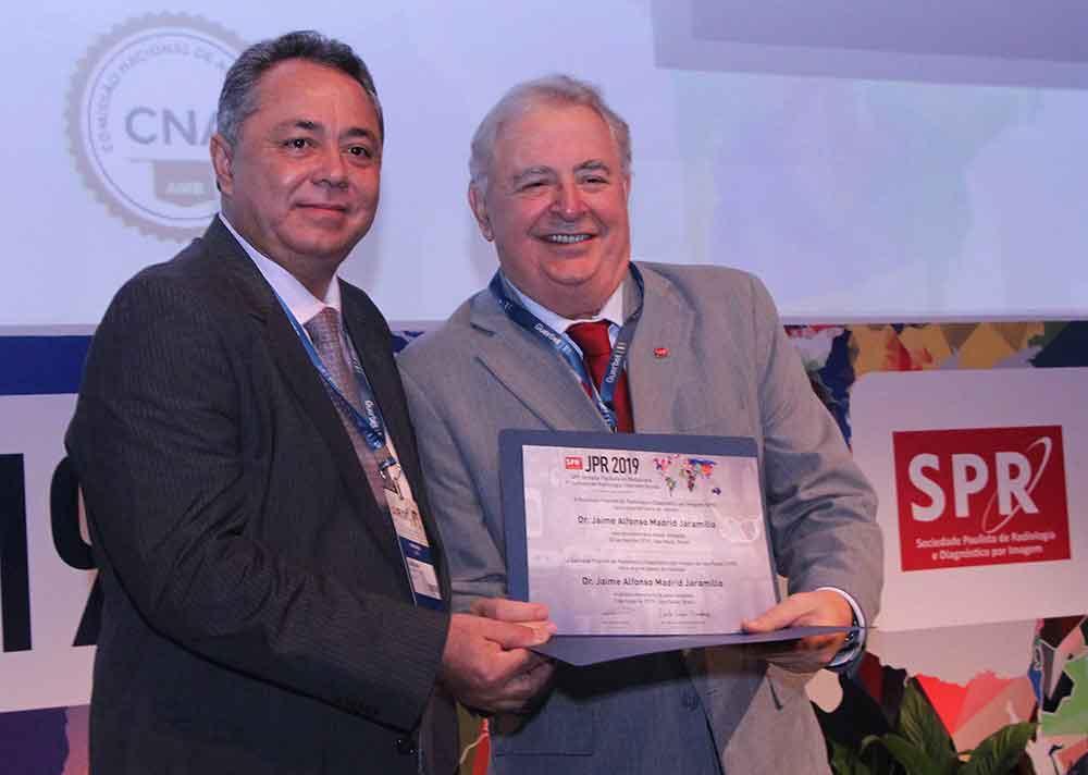 Dr. Jaime Madrid y Dr. Ricardo Baaklini